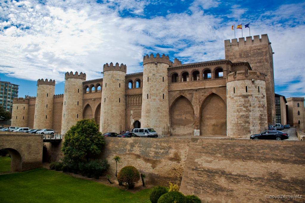 Сарагоса, Альхаферия (Castillo de Aljaferia)